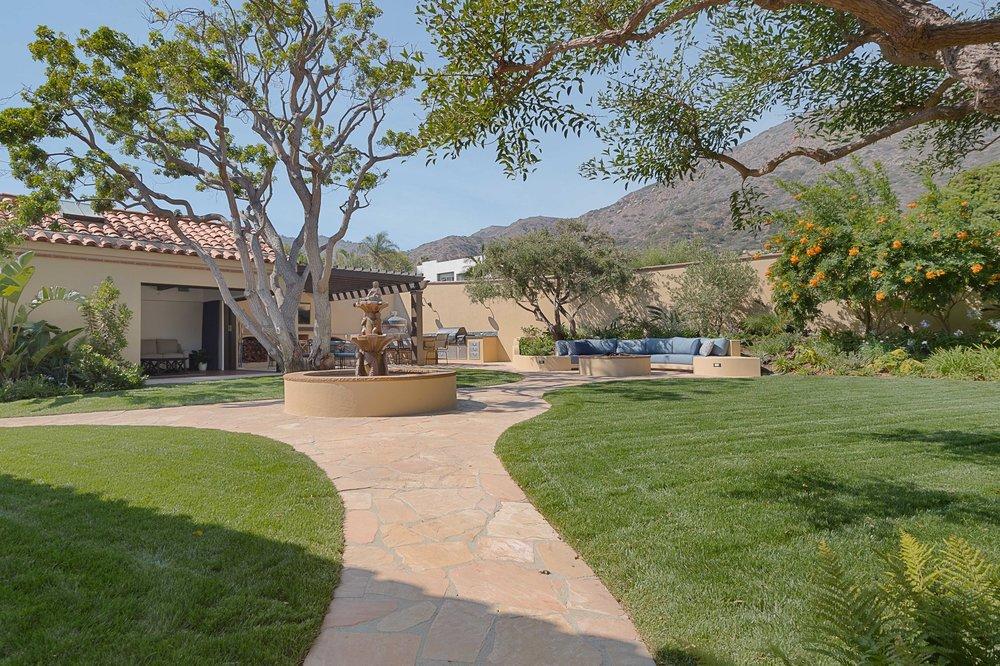 007 Garden Broad Beach For Sale Lease The Malibu Life Team Luxury Real Estate.jpg