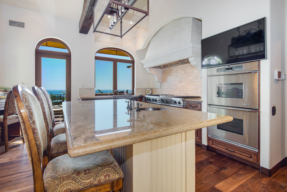 016 Kitchen Broad Beach For Sale Lease The Malibu Life Team Luxury Real Estate.jpg