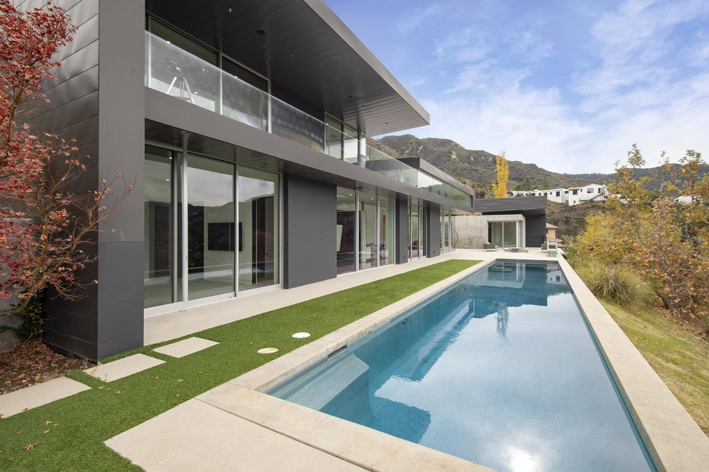 001 Pool 1055 Cold Canyon Road Calabasas For Sale Lease The Malibu Life Team Luxury Real Estate.jpg