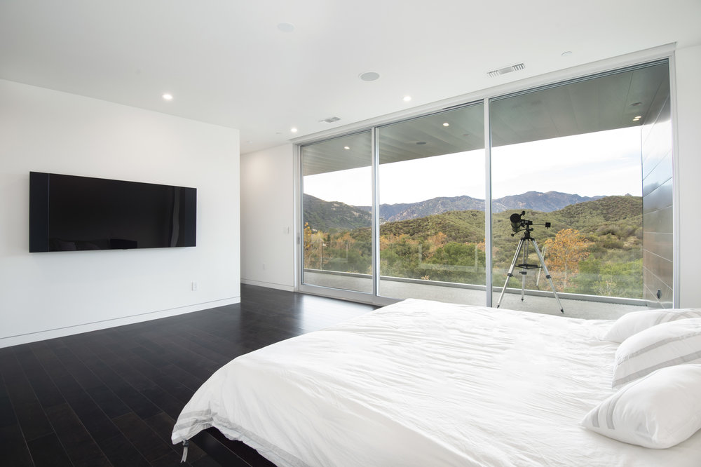 015 Master Bedroom 1055 Cold Canyon Road Calabasas For Sale Lease The Malibu Life Team Luxury Real Estate.jpg