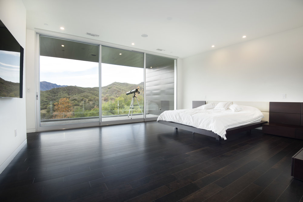019 Master Bedroom 1055 Cold Canyon Road Calabasas For Sale Lease The Malibu Life Team Luxury Real Estate.jpg