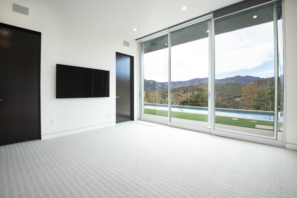 020 Bedroom 1055 Cold Canyon Road Calabasas For Sale Lease The Malibu Life Team Luxury Real Estate.jpg