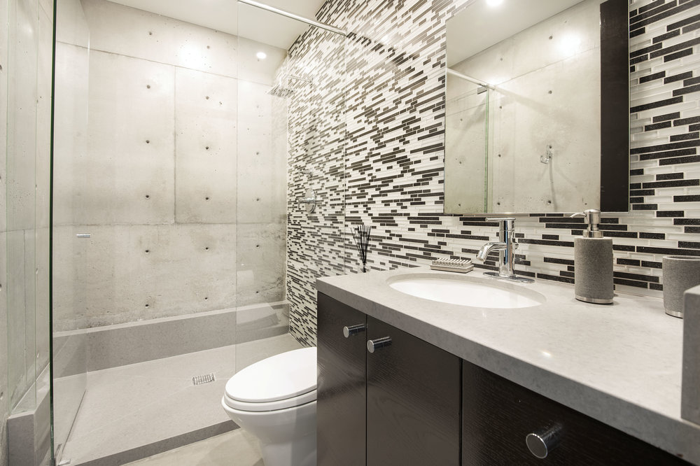 027 Guest House Bathroom 1055 Cold Canyon Road Calabasas For Sale Lease The Malibu Life Team Luxury Real Estate.jpg