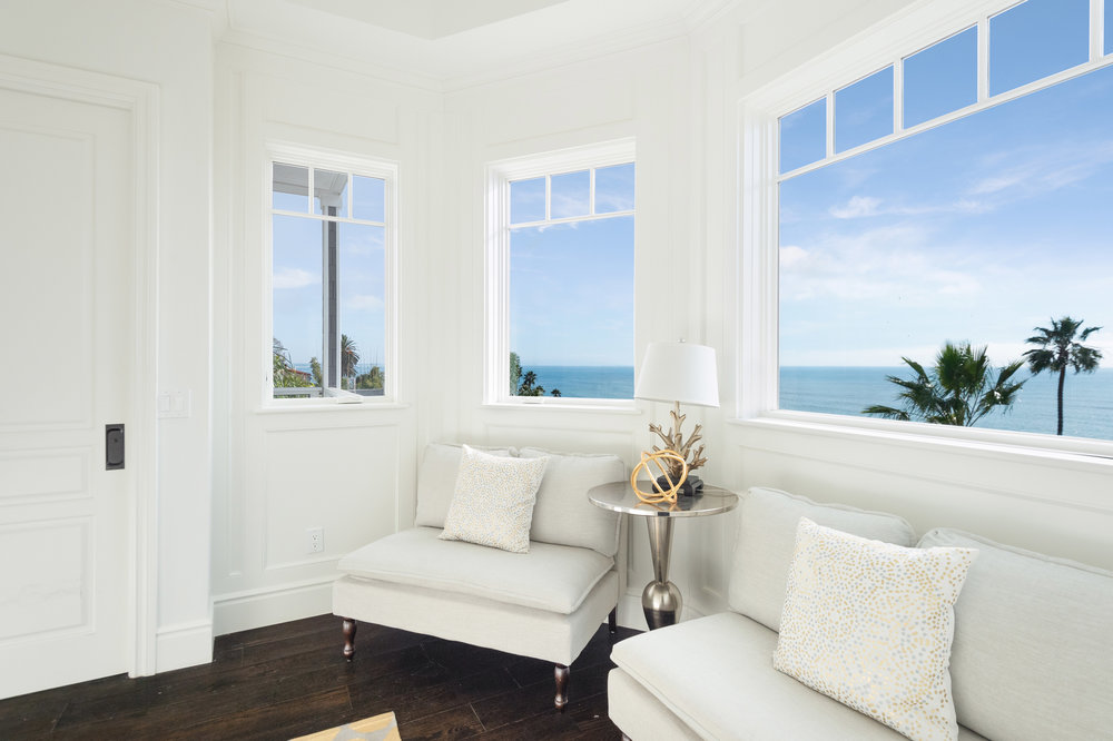 012 Sitting Ocean View 17819 Castellammare Drive Pacific Palisades For Sale Lease The Malibu Life Team Compass Luxury Real Estate.jpg
