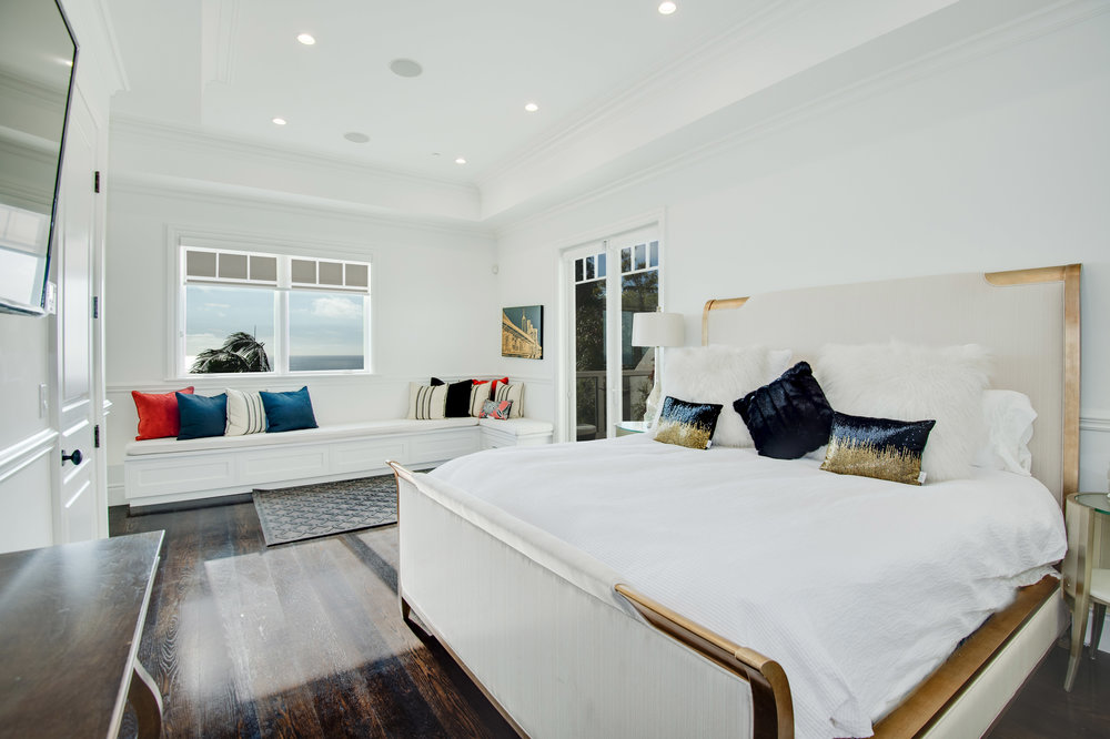 016 Bedroom 17819 Castellammare Drive Pacific Palisades For Sale Lease The Malibu Life Team Compass Luxury Real Estate.jpg