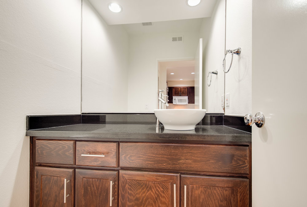 016 Bathroom 1735 Malcolm Avenue For Sale Lease The Malibu Life Team Luxury Real Estate.jpg