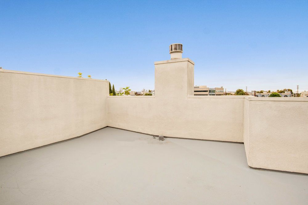 020 Roof 1735 Malcolm Avenue For Sale Lease The Malibu Life Team Luxury Real Estate.jpg