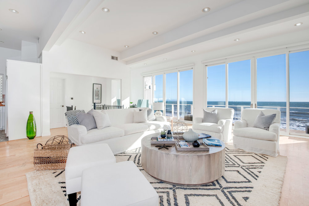 001 living room 19158 PCH Malibu For Sale Lease The Malibu Life Team Luxury Real Estate.jpg
