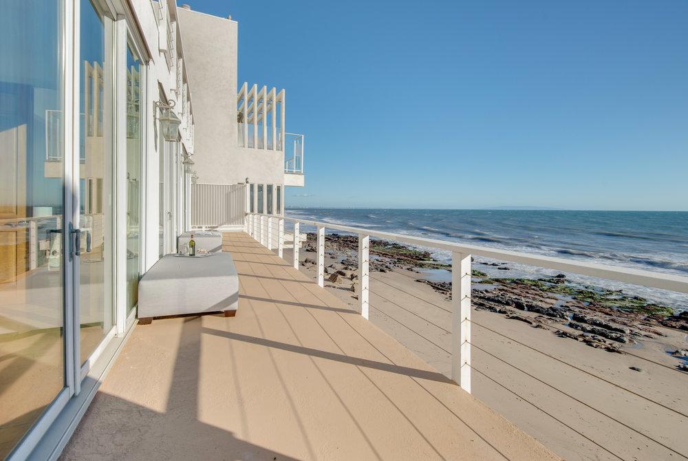 002 deck 19158 PCH Malibu For Sale Lease The Malibu Life Team Luxury Real Estate.jpg