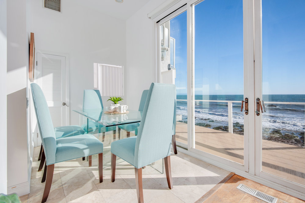 009 living room 19158 PCH Malibu For Sale Lease The Malibu Life Team Luxury Real Estate.jpg