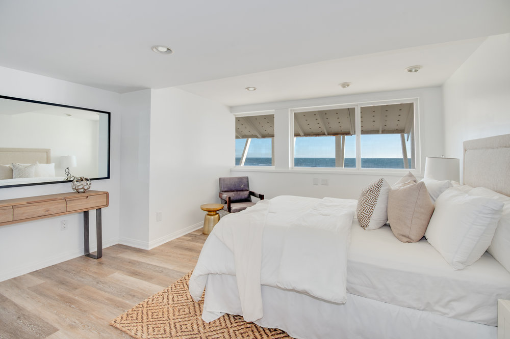 017 Bedroom 19158 PCH Malibu For Sale Lease The Malibu Life Team Luxury Real Estate.jpg