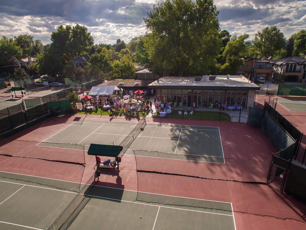 THE DENVER TENNIS CLUB - The Denver Tennis Club has a long and outstanding tennis tradition in the Mile High City of Denver, Colorado. We are open to all levels, from beginners to nationally ranked players and offer a variety of programs to fulfill any player's need. The club is proudly owned by our membership and we just recently completed building a new clubhouse and courts to make us the place to play tennis in Denver.We hope you enjoy all of the options we have to offer and choose to make the Denver Tennis Club your new tennis home