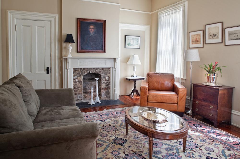 Printmakers Inn Bed and Breakfast Savannah High Cotton Living Room.jpg