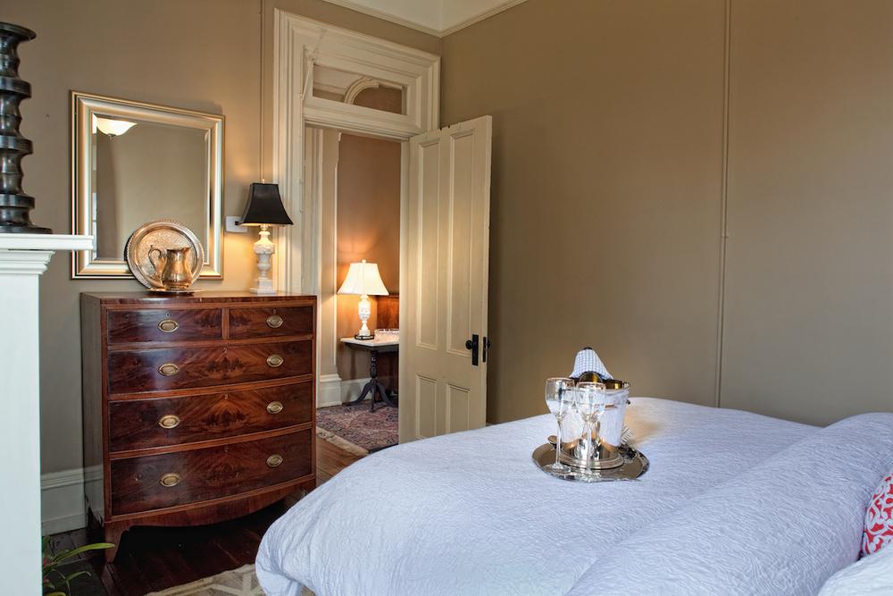 Printmakers Inn Bed and Breakfast in Savannah High Cotton Bedroom.jpg