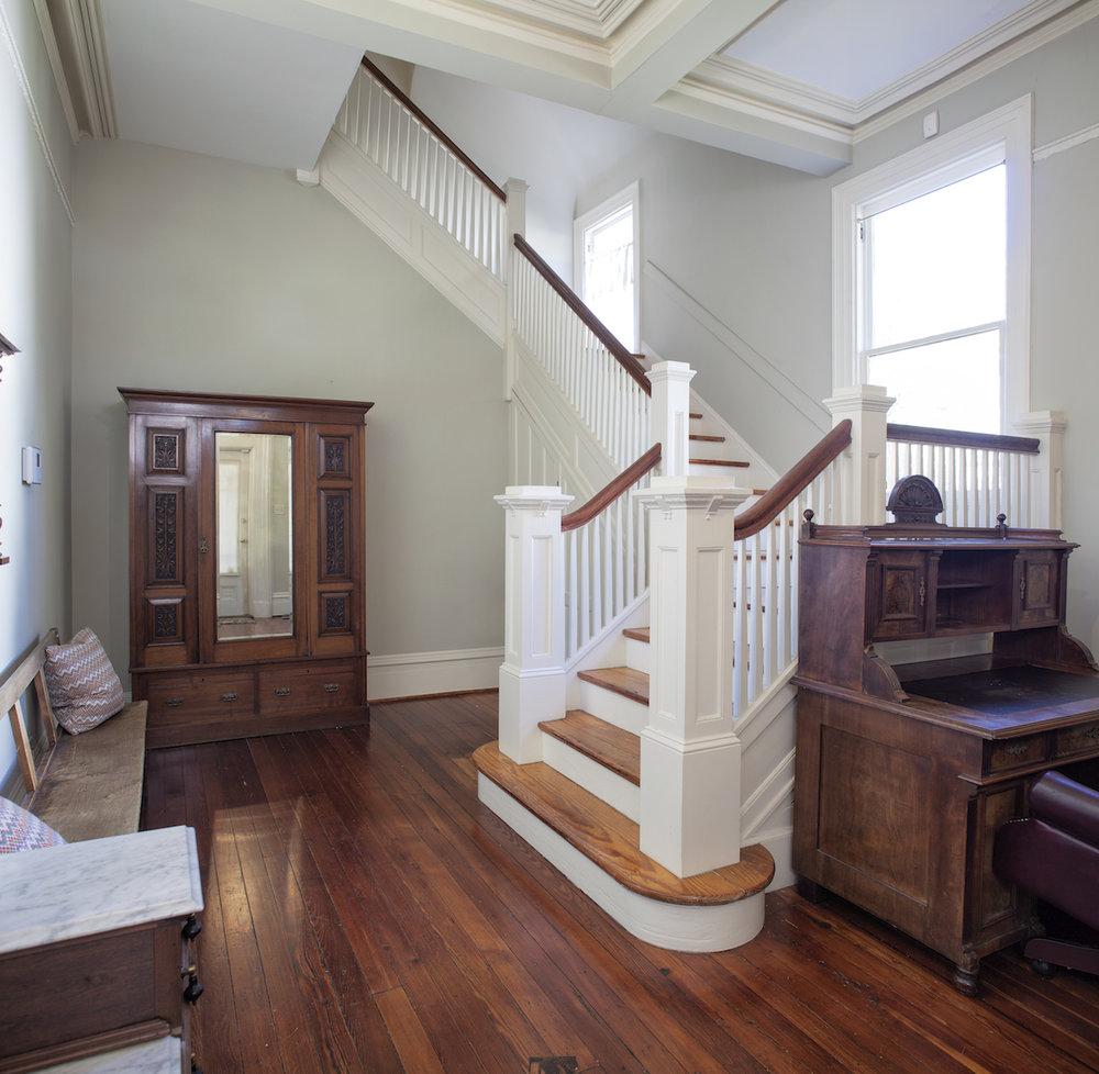 Top Bed and Breakfast Savannah Nichols Suite Entry way .jpg