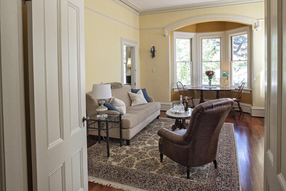 Top Bed and Breakfast Savannah Nichols Suite Living room.jpg