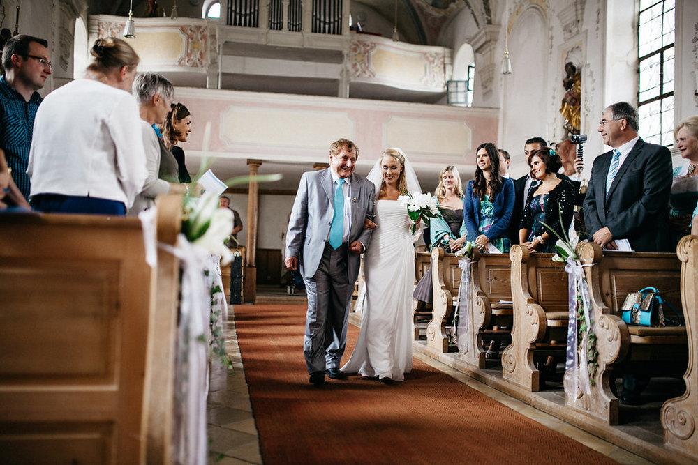 Hochzeitsfotograf-Muenchen-Hochzeit-am-Ammersee-Andrea-Koen00026.jpg