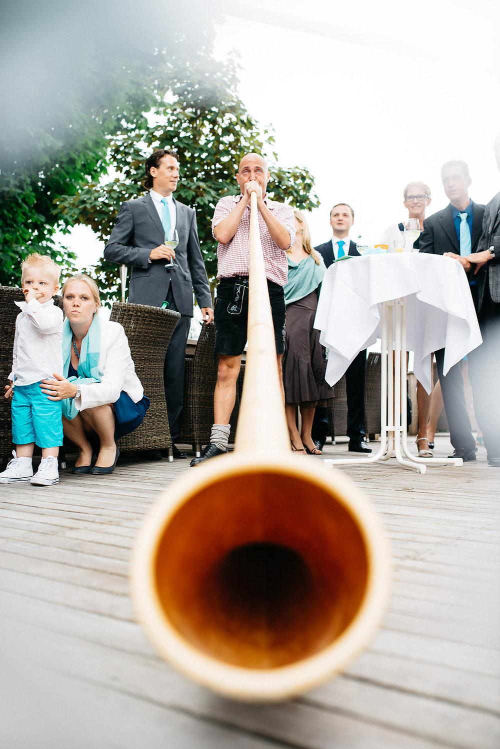 Hochzeitsfotograf-Muenchen-Hochzeit-am-Ammersee-Andrea-Koen00050.jpg