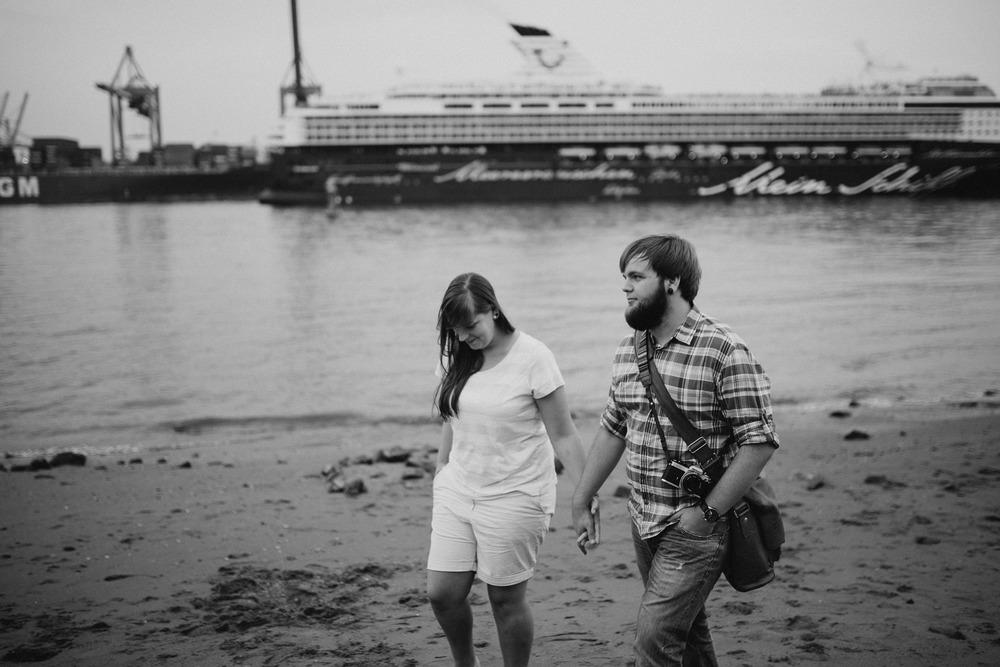 07. August 2014Paarshooting-Engagment-Verlobungsshooting-Hochzeitsfotograf-Daniel-Mueller-herr-mueller-Anne-Kai258Daniel Müller - Monsieur Müller fotografiert.jpg