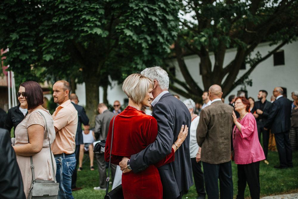 Hochzeit-Conny-Peter-2016-Projekt-2-Punkt0-unbenanntunbenannteFotosession_MG_0644-279.jpg