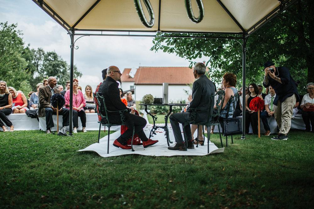 Hochzeit-Conny-Peter-2016-Projekt-2-Punkt0-unbenanntunbenannteFotosession_MG_0755-334.jpg