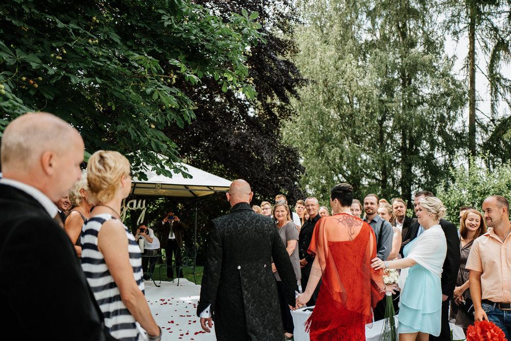 Hochzeit-Conny-Peter-2016-Projekt-2-Punkt0-unbenanntunbenannteFotosessionL1140664-305.jpg