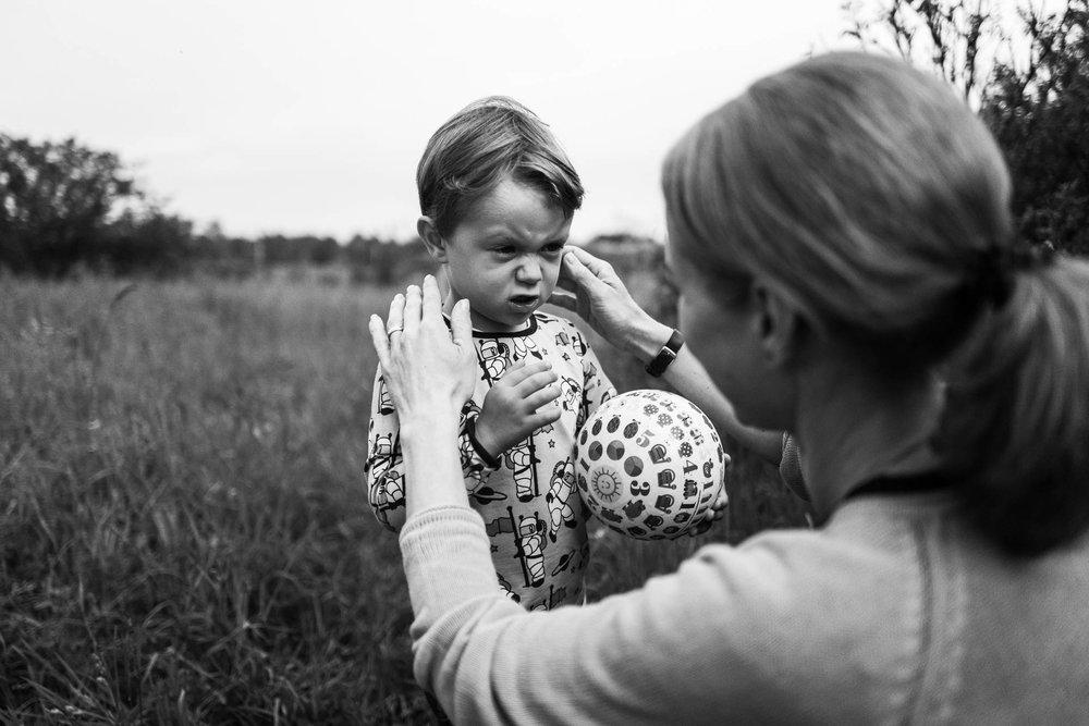 besondere-familienfotos-fotograf-muenchen--49.jpg