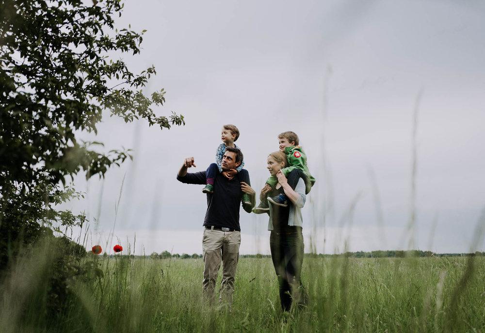 besondere-familienfotos-fotograf-muenchen--51.jpg