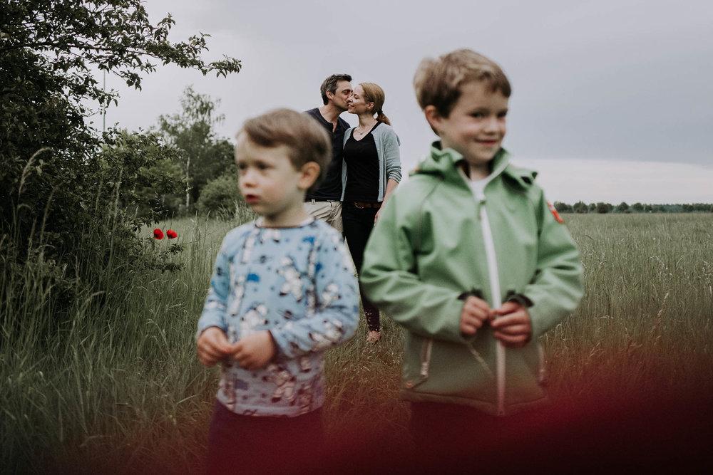 besondere-familienfotos-fotograf-muenchen--56.jpg