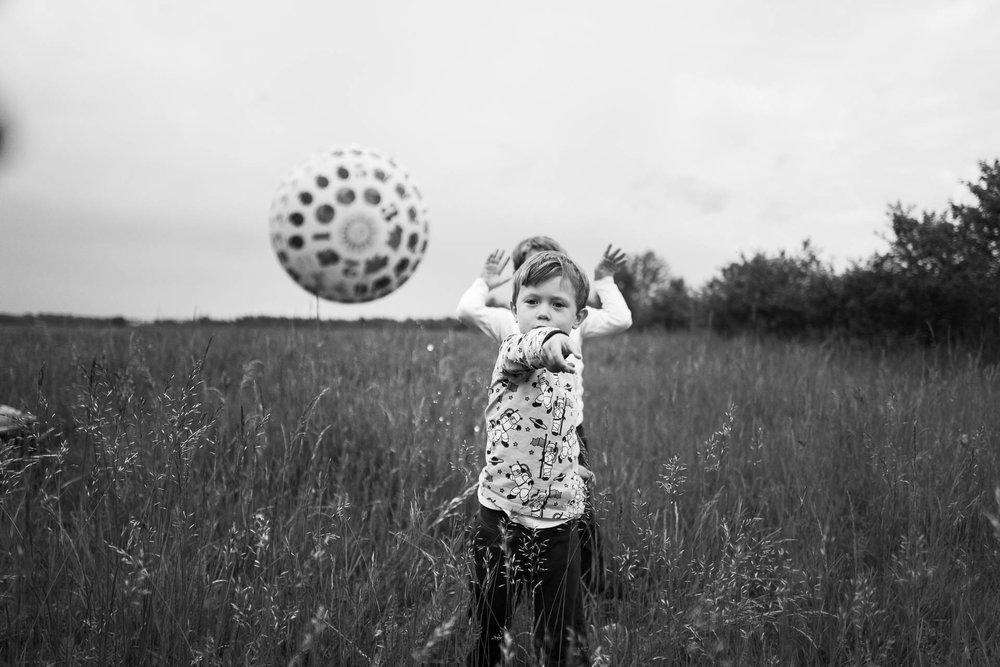 besondere-familienfotos-fotograf-muenchen--66.jpg
