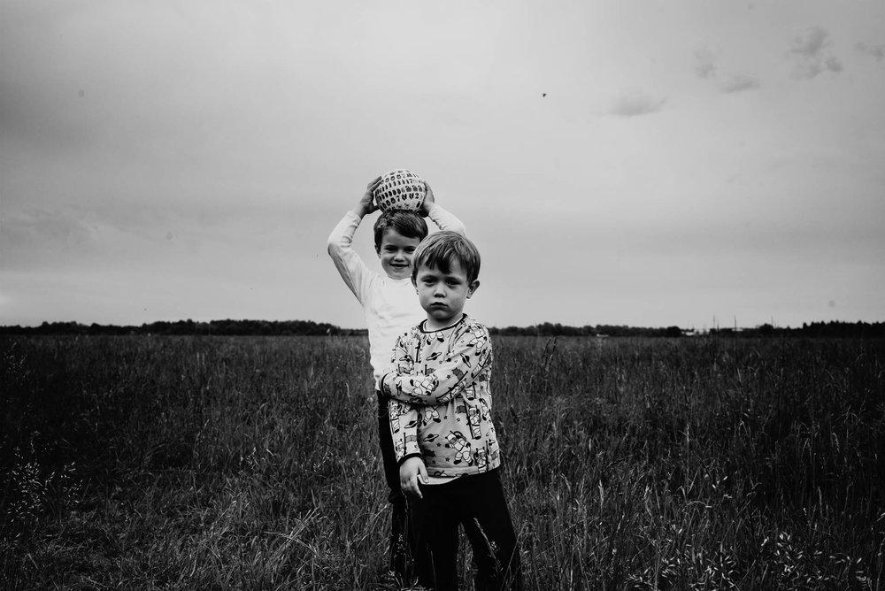 besondere-familienfotos-fotograf-muenchen--68.jpg