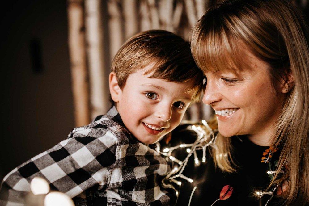 Familienfotos-Weihnachten_Maiers-Hofstubn_Haag-an-der-Amper(129von145).jpg