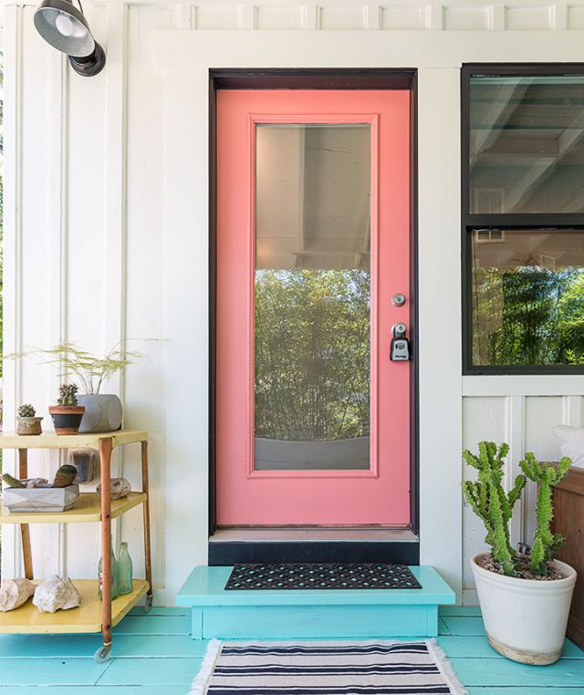 One last pic of the charming bungalow in East Austin. Don't you just love the color of this front door? As the owner pointed out during the shoot, it matches the pink blooms from the Texas Red Yucca plant in the yard. It's all about the details! #78702 #austinliving #austinrealestate #bungalowlove #austinphotographer #driftwoodphotographer #spacesandfaces #spacesatx