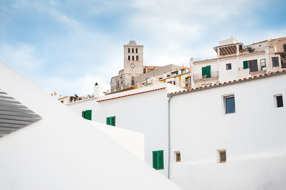 editorial-travel-photography-ibiza-architecture-old-town.jpg