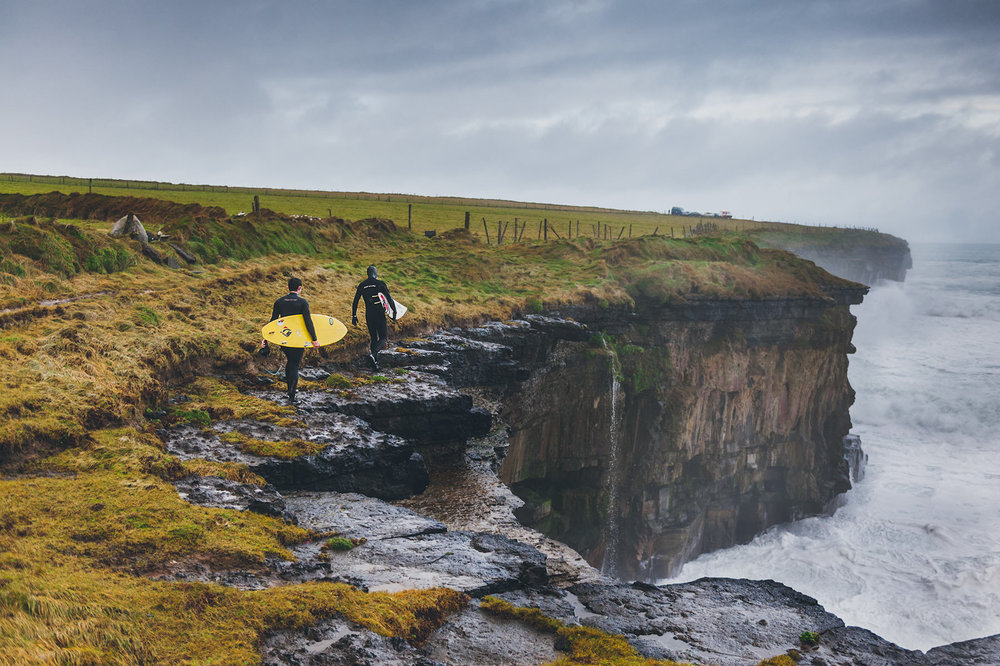 winter-surfing-ireland-sport-adventure-17.jpg