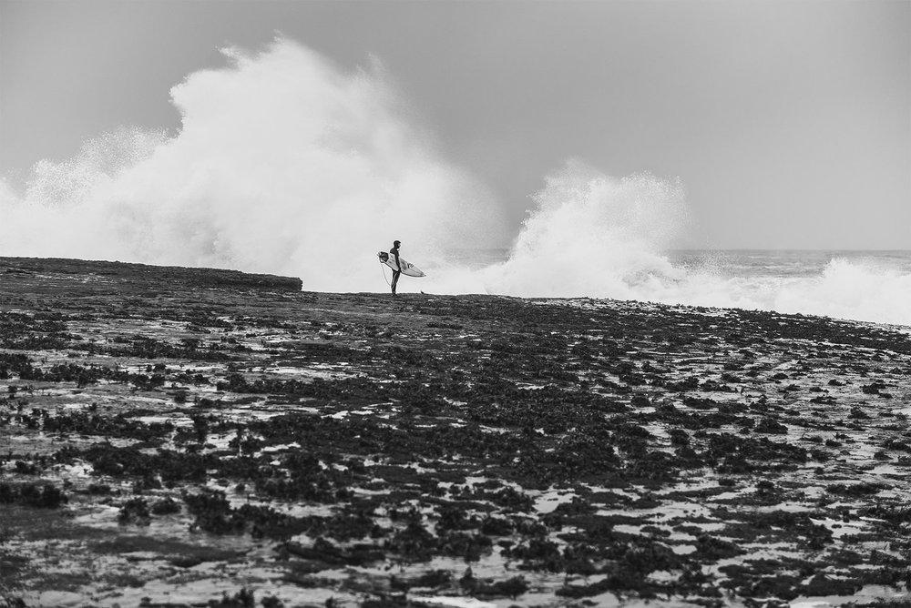 winter-surfing-ireland-sport-adventure-19.jpg