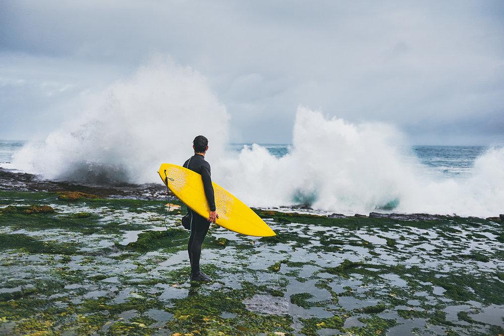 winter-surfing-ireland-sport-adventure-23.jpg