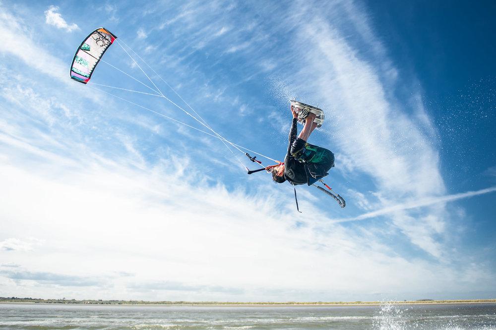05-outdoor-kite-surfing-ireland-dublin-dollymount-beach.jpg