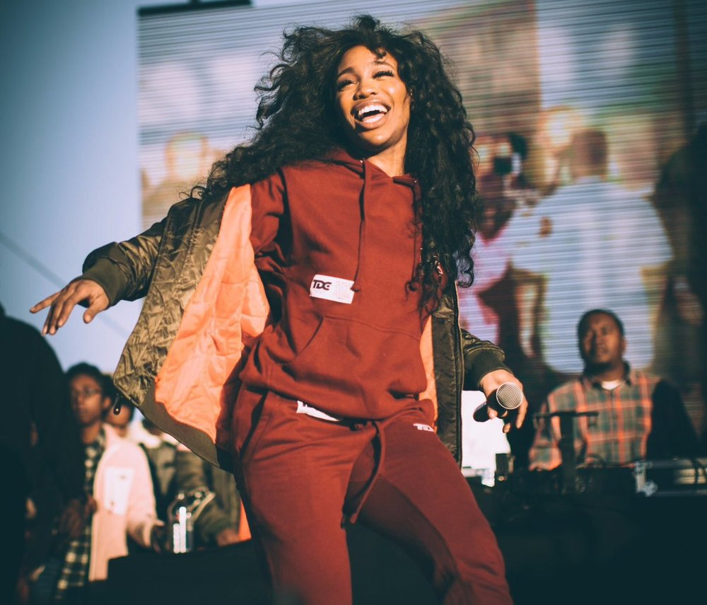 SZA - Doves In the Wind feat. Kendrick Lamar (visuals) - Set in dry desert, the Nabil-directed visuals.