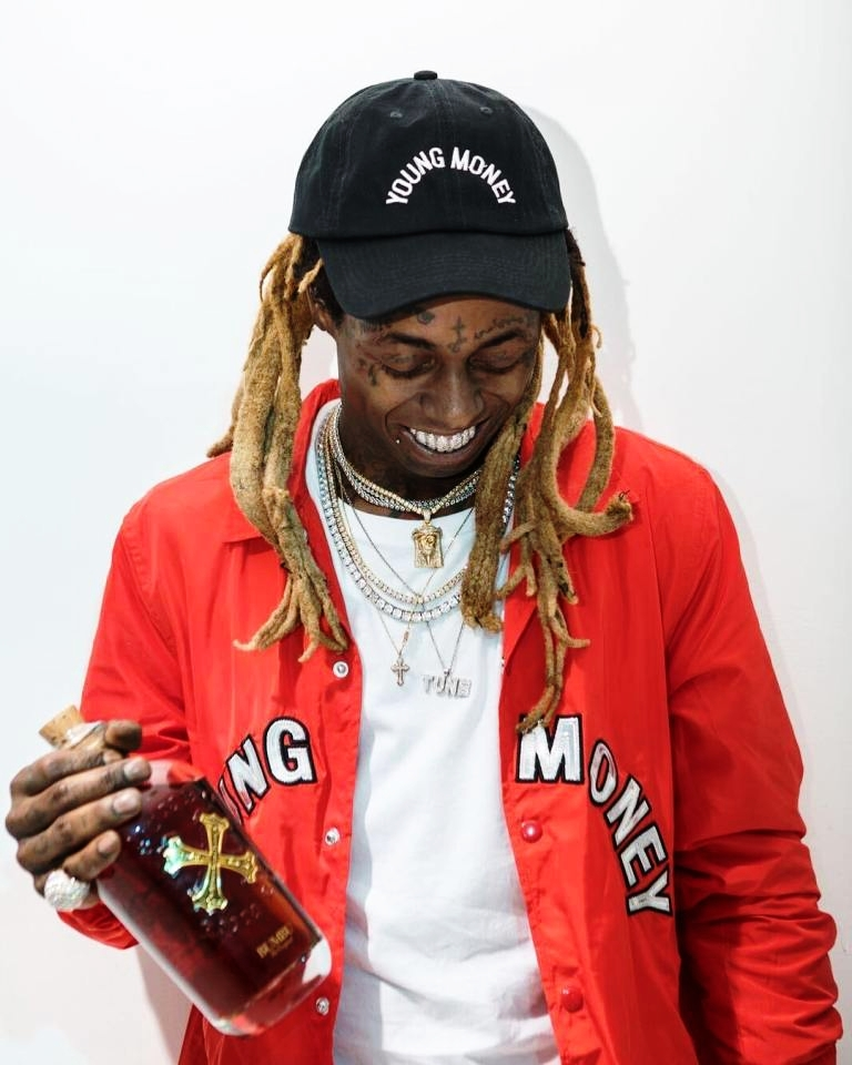 Lil Wayne - 1942 feat. 2Chainz & Future - Another Southern Collaboration.