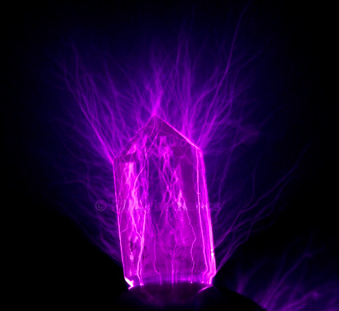A Quartz Tower Photographed Using Kirlian Photo Plates Wrapped In Tesla Coil Shows The Electromagnetic Field Of Crystal