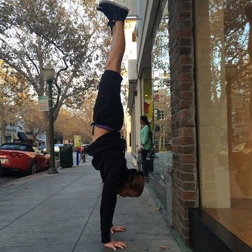 handstandpersonaltraining.jpeg