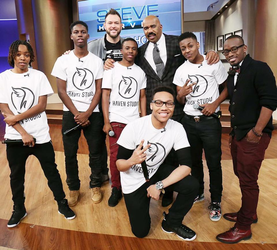 Add-2 wearing a TI exclusive on The Steve Harvey Show