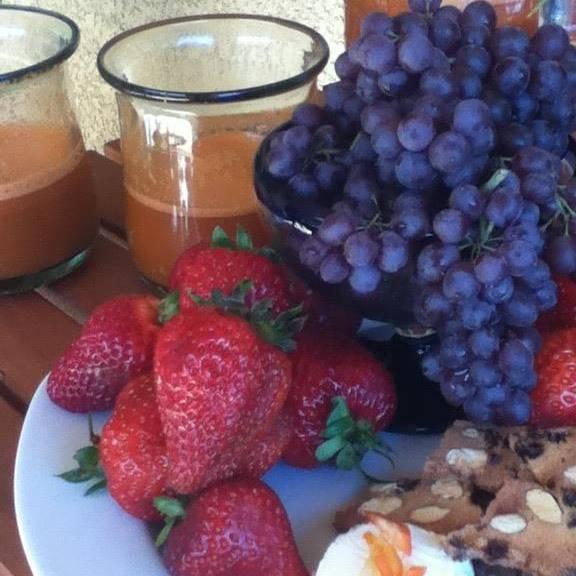 Fresh Juice, fruit & goat cheese.jpg