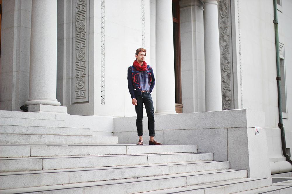 lb-red-scarf-4.jpg