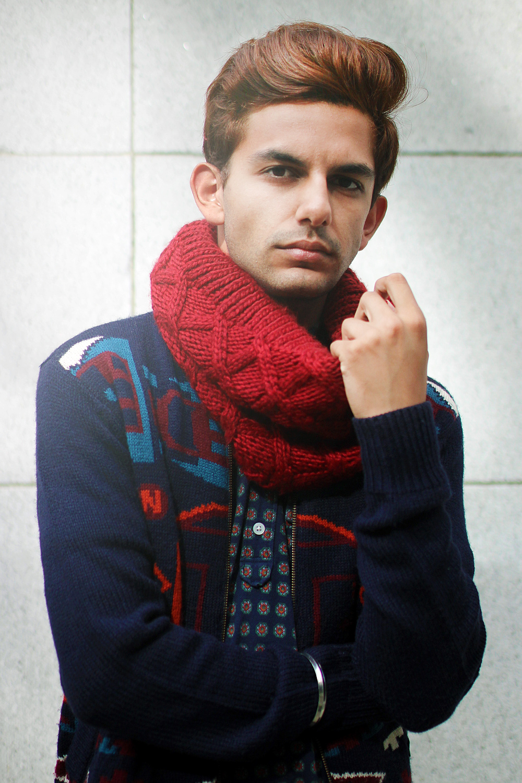 lb-red-scarf-6.jpg
