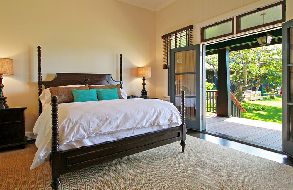 KING SIZE + DAY BED (9 ROOMS) Features: Air Conditioning, Modern Suite, King Bed, Day Bed, Sleeps 3