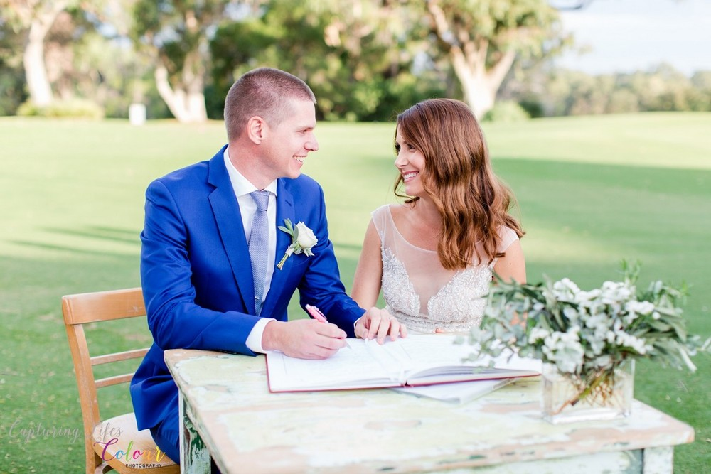 268Lake Karrinyup Candid Wedding Photographer Perth.jpg
