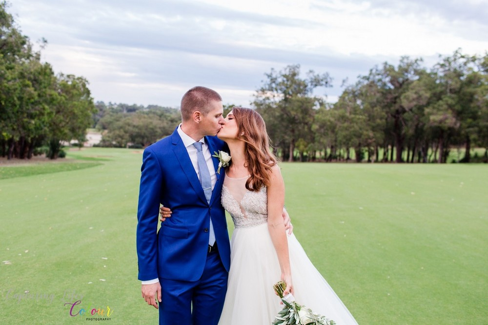 291Lake Karrinyup Candid Wedding Photographer Perth.jpg