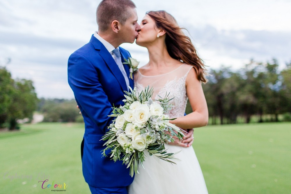 296Lake Karrinyup Candid Wedding Photographer Perth.jpg